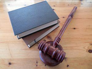 prawnicze strony